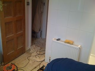 To make good use of the space we installed a small double convector radiator with 10ml microbore pipe work